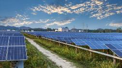 Kiraladıkları Tarlalara Güneş Enerji Panelleri Koyuyorlar