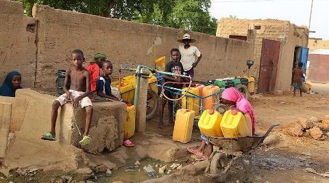 Dünyada 2 Milyar Kişi Kirli Su İçiyor