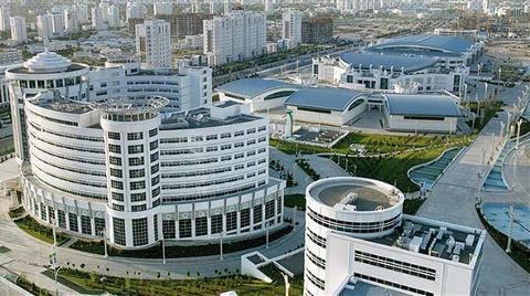 Türkmenistan'ı Türkler Yeniliyor