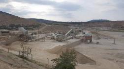 Tarım ve Orman Arazisi Kalker Ocağına Kurban Edildi