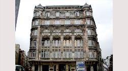 140 Yıllık Tarihi Binaya Kaçak Çatı Katı Çıktılar