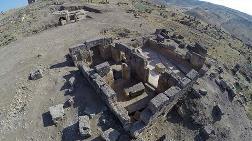 Bin 700 Yıllık Yeraltı Tapınağı Bulundu