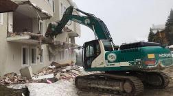 Ağaoğlu'nun Uludağ'daki Otelinin Yıkımına Başlandı