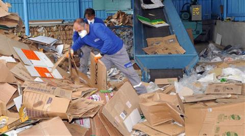Her Yıl 5 Milyon Ton Evsel Atık Çöpe Gömülüyor