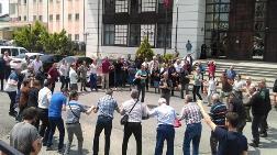 Adliye Önünde Yeşil Yol'a Horonlu Protesto