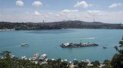 İstanbul Boğazı'ndaki Esrarengiz Görüntünün Sırrı!