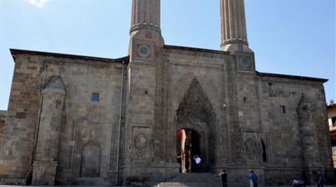 Çifte Minareli Medrese için Müze Kararı