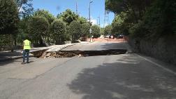 Çamlıca'da Yol Çöktü