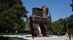 Truva Savaşı'nın Mimari Parçaları Bulundu