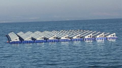Türkiye'nin İlk Yüzer GES'i Devrede