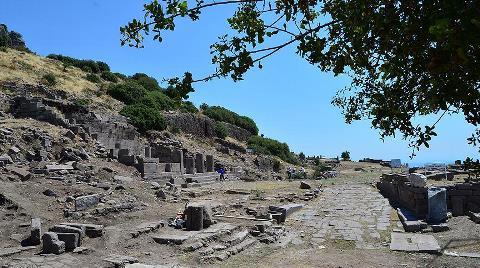 Antik Kentte Bin 300 Yıl Önceki Depremin İzleri