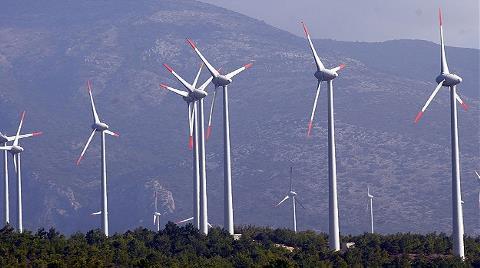 """Dünya Çevresel Önlemlerle """"Rüzgar""""a Koşuyor"""