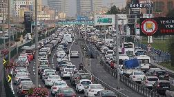 Türkiye'de Yaklaşık 7 Kişiye Bir Otomobil Düşüyor