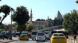 Selçuklu Camisinin 'Kaybolan Türbesi' Gün Yüzüne Çıkıyor