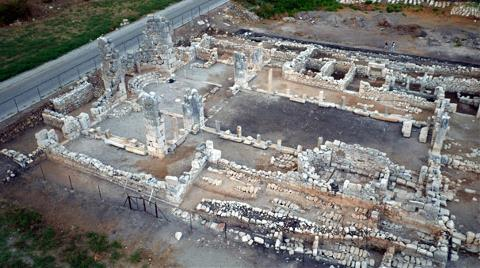 Patara Antik Kenti'nde Bazilika Ortaya Çıkarıldı