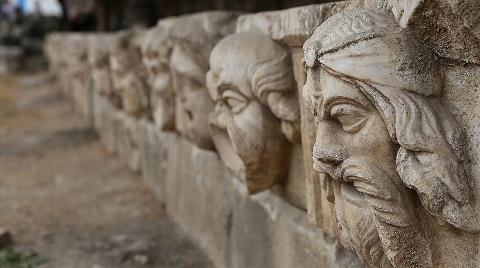Antik Kentteki Eserler 'Taş Hastanesinde' Restore Ediliyor