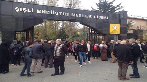 """""""Şişli'de 9 AVM Varken Lisenin Yıkılmasını Kabul Etmiyoruz"""""""