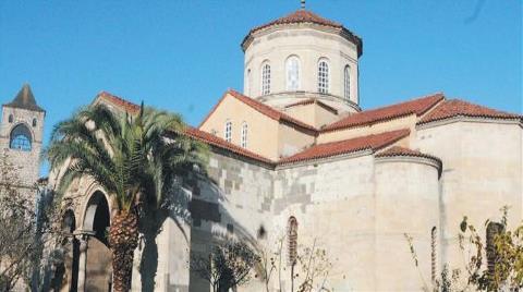 Müze Cami Oldu, Turistler Gelmeyince Esnaf İsyan Etti