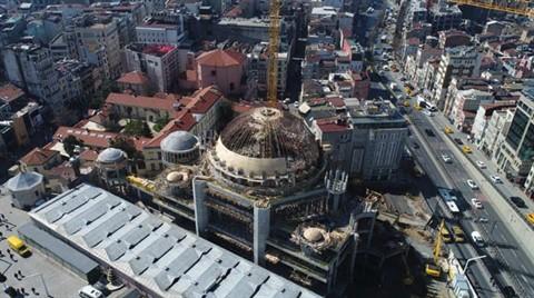 Taksim Camii'nin Kubbeleri Kaplandı