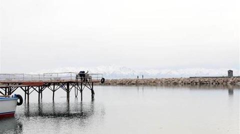 Van Gölü'nün Yüzey Suyu Isındı