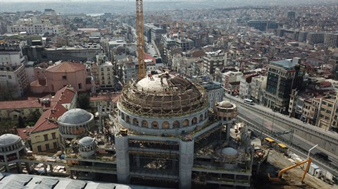 Taksim Camii'sinde Sona Doğru