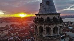 Galata Kulesi'nde Gün Batımı Mest Etti