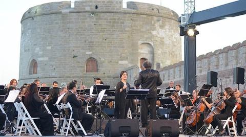 Kilitbahir Müzesinde Türkü Sesleri Yükseldi