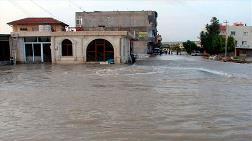 Nusaybin'de Su Borusu Patladı, Yollar Göle Döndü