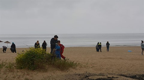 Şile'de Kadınlar Plaj Temizledi