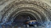 En Uzun Tünelde 80 Metrelik Kazı