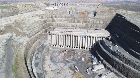 """""""Ilısu Barajı ve HES Yıllık 1,5 Milyar Liralık Katkı Sağlayacak"""""""