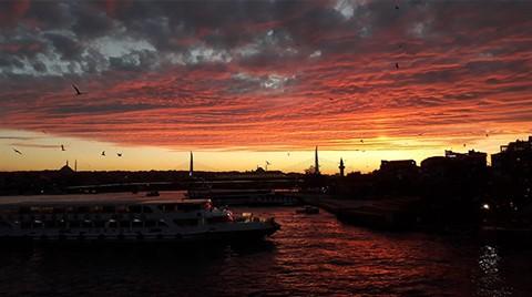 İstanbul'da Kartpostallık Akşam Güzelliği