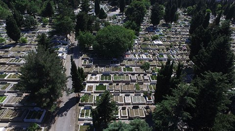 İstanbul'da 2,5 Yıl Sonra Mezar Yeri Kalmayacak