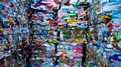 """""""Plastik Kirliliğine Çözüm Geri Dönüşümde"""""""