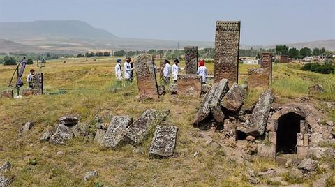 Selçuklu Meydan Mezarlığı Arşivlendi
