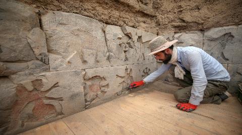 Ayanis Kalesi'ndeki Kazılar Urartu Tarihini Aydınlatıyor