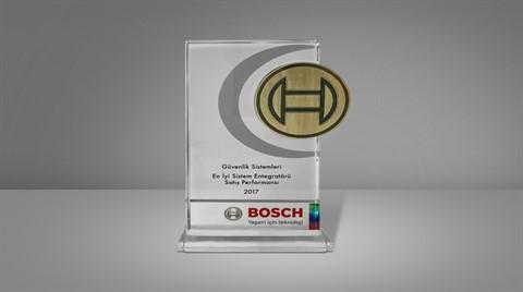 Bosell'e Bosch'tan Ödül Yağmuru