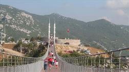 4 Minareli Yaya Köprüsüne Ziyaretçi Akını