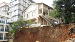 Bir Hafta İçinde İstanbul'da İkinci Bina Çöküyor