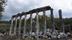 Euromos'ta Roma Dönemine Ait Mezarlar Bulundu