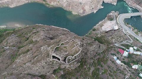 Askeri Bölge Sınırından Çıkarılan Tarihi Kale Turizme Açılıyor