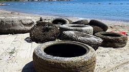 Marmaris'te Kıyı ve Deniz Temizliğinde 3,5 Ton Çöp Toplandı
