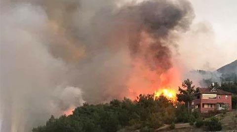 Ormanlık Alanda Çıkan Yangın, Yerleşim Yerlerini Tehdit Ediyor