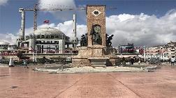 Taksim Cumhuriyet Anıtı'na Büyük Ayıp