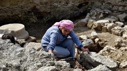 Toprağın 50 Santimetre Altından 2 Bin Yıllık Tarih Çıktı