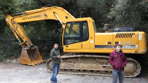 Adnan Oktar Villasındaki Kaçak Yapılar Yıkılıyor