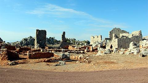 Yabani Otların Altından 2200 Yıllık Antik Kent Çıktı