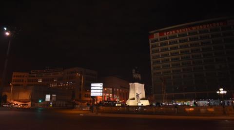 Ulus Atatürk Anıtı'nın Karartılması Yargıya Taşındı