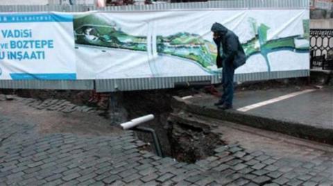 Tarihi Köprü Yakınındaki Yol Çöktü