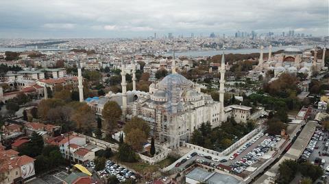 Sultanahmet Camisi'nde Şaşırtan Görüntü